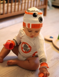 costume-bebe-bb8-maman-diy-8