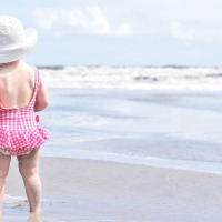 10 Tips to a Successful Day at the Beach with Baby